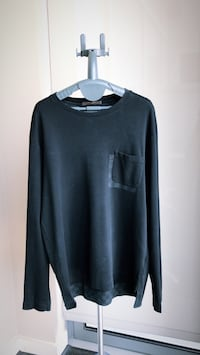 Louis Vuitton T-Shirt, Long Sleeve 43 km