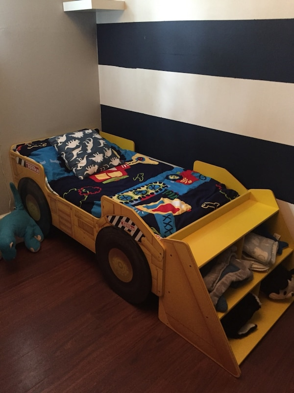 factory price d6b98 bb083 Used Tonka Truck Toddler Bed (ToysRUs) for sale in East ...