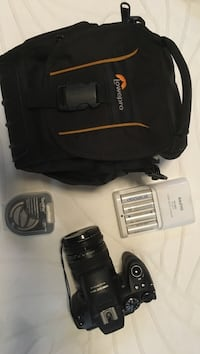 Finepix HS 25 EXR Camera with Cary case and extras Calgary, T3H 3K6