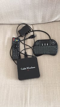 Last chance- cable box for parts only & 2 good remotes Orange Park, 32073