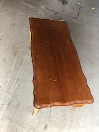 Wooden coffee table New Tecumseth, L0G 1W0
