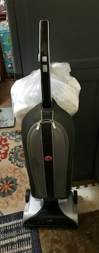 Hoover Windtunnel upright vacuum with 8 HEPA bags included. Works great   Jacksonville, 32210