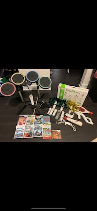 Wii Bundle With lots of accessories Toronto, M4E 1P9