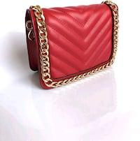 Aldo red chain crossbag Edmonton, T5E 4A2