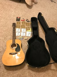 brown acoustic guitar with case Shreveport, 71105