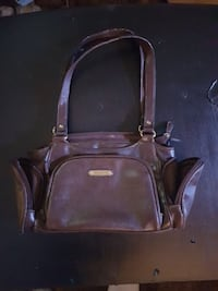 brown leather duffle bag Kamloops, V2B 3C9