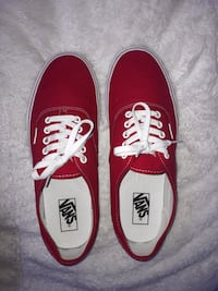 mens size 11 authentic style vans in red Centreville, 20121