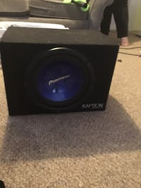 "12"" pioneer subwoofer in ported box Embro, N0J"