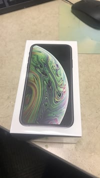 iPhone XS 256 GB IN HAND Space Grey Unlocked Rockville, 20850