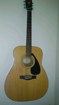 brown and black acoustic guitar Bethesda, 20814