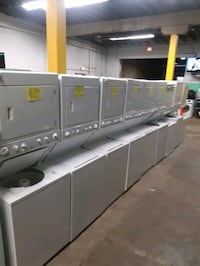 LAUNDRY CENTER WORKING PERFECTLY 4 MONTHS WARRANTY DELIVERY AVAILABLE  Baltimore, 21201
