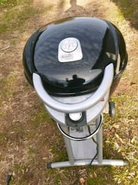 Electric  outdoor  ..EASY  Char Broil GRILL  ... needs no charcoal gas Fallston, 21047
