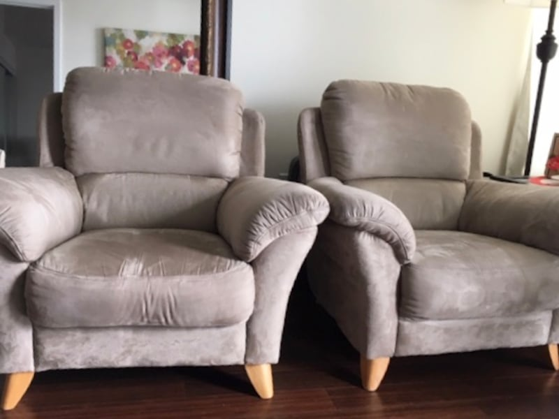 Club /Accent Chairs (2) 66fa4f52-7d5c-4a1d-961b-521742c3068a