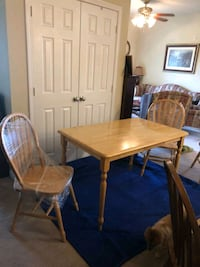 Solid oak kitchen table  Frederick, 21702