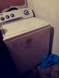 white top-load clothes washer Portsmouth, 23701