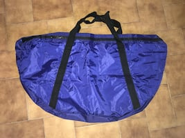 LARGE STORAGE/SPORTS/TRAVEL BAGS