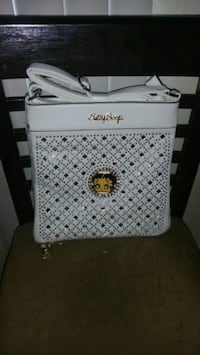 white and black leather crossbody bag Compton, 90221