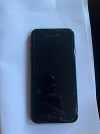 Selling iPhone 8 Unlocked 10/10 condition $450 Toronto, M3J 1K9