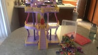 My little pony castle with a ton of MLP Walnut, 91789
