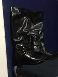 Black leather boots, partial zip up, size 8 1/2, fit more like a 7 1/2 or 8 2469 km