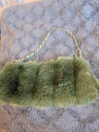 Green faux fur handbag 1961 km
