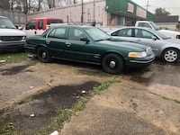 Ford - Crown Victoria - 2000 Luling