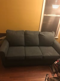 Excellent condition pull out sofa  60 km