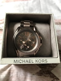 Michael Kors men's watch brand new still has tag and plastic cover on face . Never worn $100 cash . Sell for $150-165 online  New Port Richey, 34654