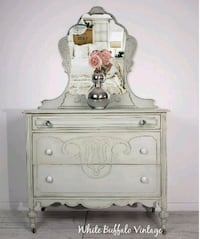 Antique dresser with mirror  Gatineau