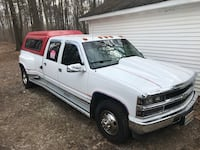white Ford F-150 extra cab pickup truck Columbus, 48063