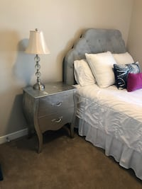 """Pier 1 Imports """"Hayworth Collection"""" complete Queen-size bedset Murray, 84121"""