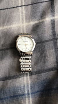 Burberry Round silver analog watch with silver link bracelet