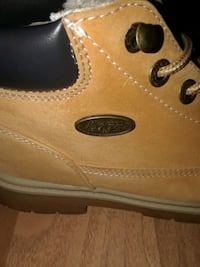 LUGZ SIZE 6 WOMANS  St. Catharines