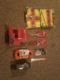 Tools/Safety gear Maple Ridge, V4R 4X4