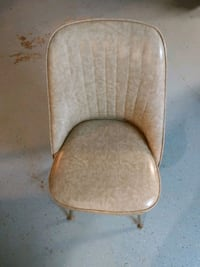 Vintage chair  Dearborn Heights, 48127