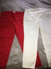 2 Old Navy Pixie ankle cut pants