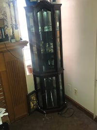 brown wooden framed glass display cabinet Detroit, 48234