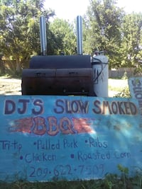 BBQ/smoked tri-tip sandwiches, catering for your e Modesto