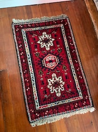 "**Vintage Authentic 3'2""x2' Persian Rug ** Salem, 01970"