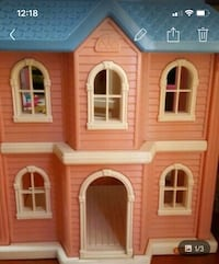 Life Size Little Tykes pink and blue Doll House Clarington, L0B 1J0