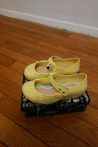 Mini melissa flamingo shoes toddler sz10  Silver Spring, 20906