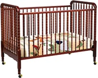 NEED GONE BY SUN!! Solid wood spindle crib Toronto, M6N 3P3