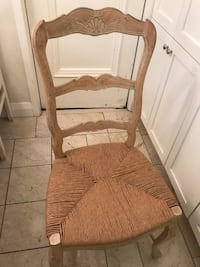 Set of 2 solid wood chairs Toronto, M4W