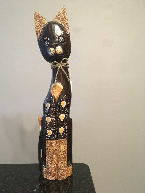 Carved wooden cat decoration
