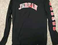 black and red Nike pullover hoodie St. Catharines, L2T 2T6