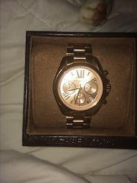Rose gold Michael Kors women's watch Surrey, V3V 3K8