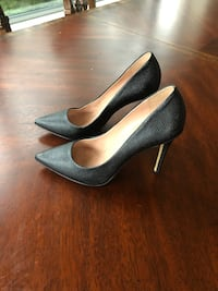 Black leather heel size 38 M Greater Vancouver, V6T 2H4