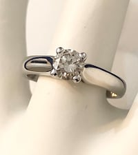 14k gold .55ct. diamond solitaire engagement ring *Appraised at $3,850