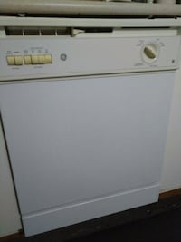 Almost Brand new GE Dishwasher Burlington, L7M