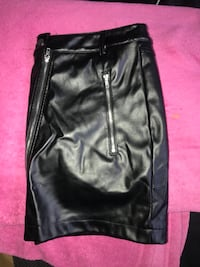 Girls/woman's leather skirt (new) Oxon Hill, 20745